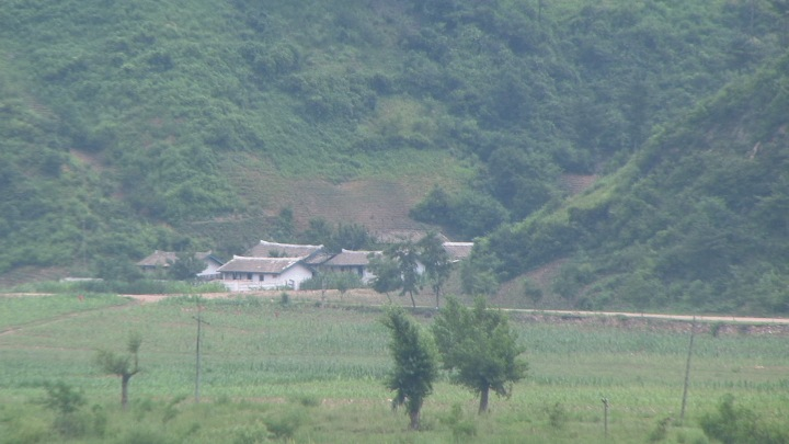 Outskirts of Manpo, Jagang province, North Korea (photo by Adam Cathcart)