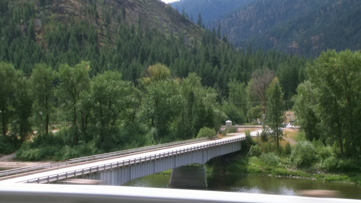 Why am I imagining North Korean border guards on the other side of this Montana fluss?