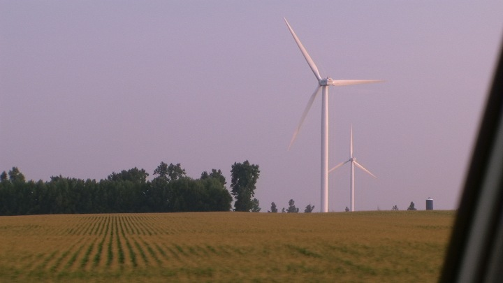 Wind Farms in southern Minnesota, U.S.A., the first such visible structure from I-90 driving East from Seattle