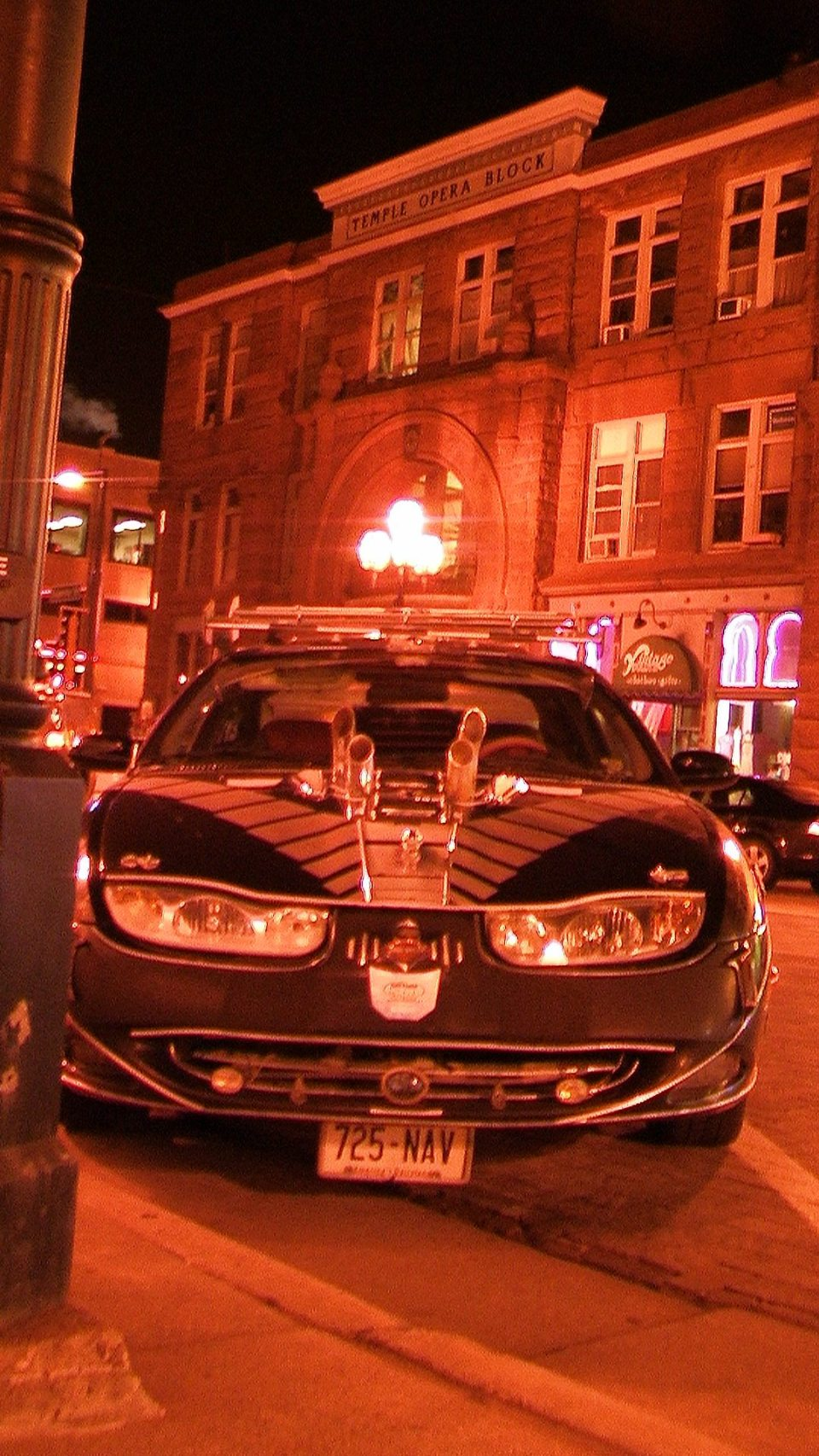 Wisconsinite cruiser on the streets of Duluth's Superior Street