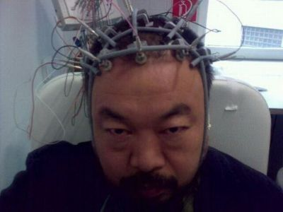Ai Weiwei with an EEG in Munich University Hospital (courtesy Hausderkunst blog)
