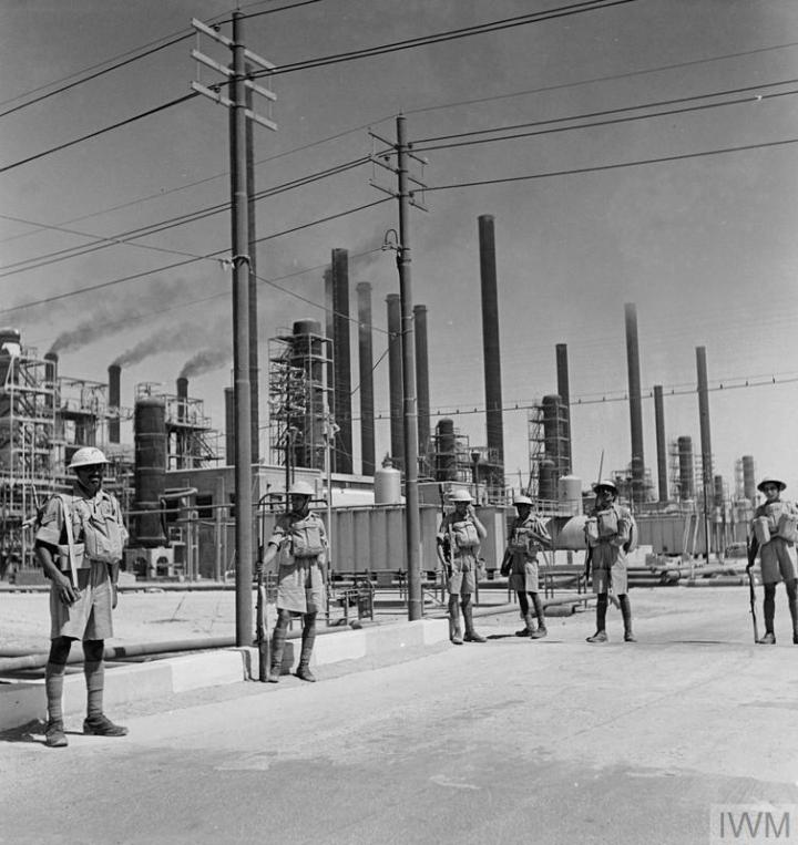 indian-riflemen-at-iranian-oil-refinery-via-iwm